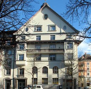 50-019-kirche-zuerich-1-glp-pan-architekten-300